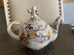 2004 Paul Cardew Alice In Wonderland Teapot White Rabbit Mad