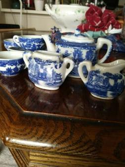 Beautiful 10-piece Vintage Miniature Japanese Porcelain Tea