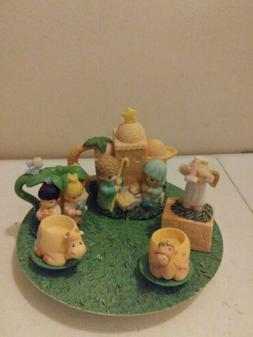 Enesco Precious Moments Miniature Tea Set 1998 Nativity no b