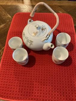 Japanese Tea Set Made in Japan Teapot with 4 Cups / Bowls no