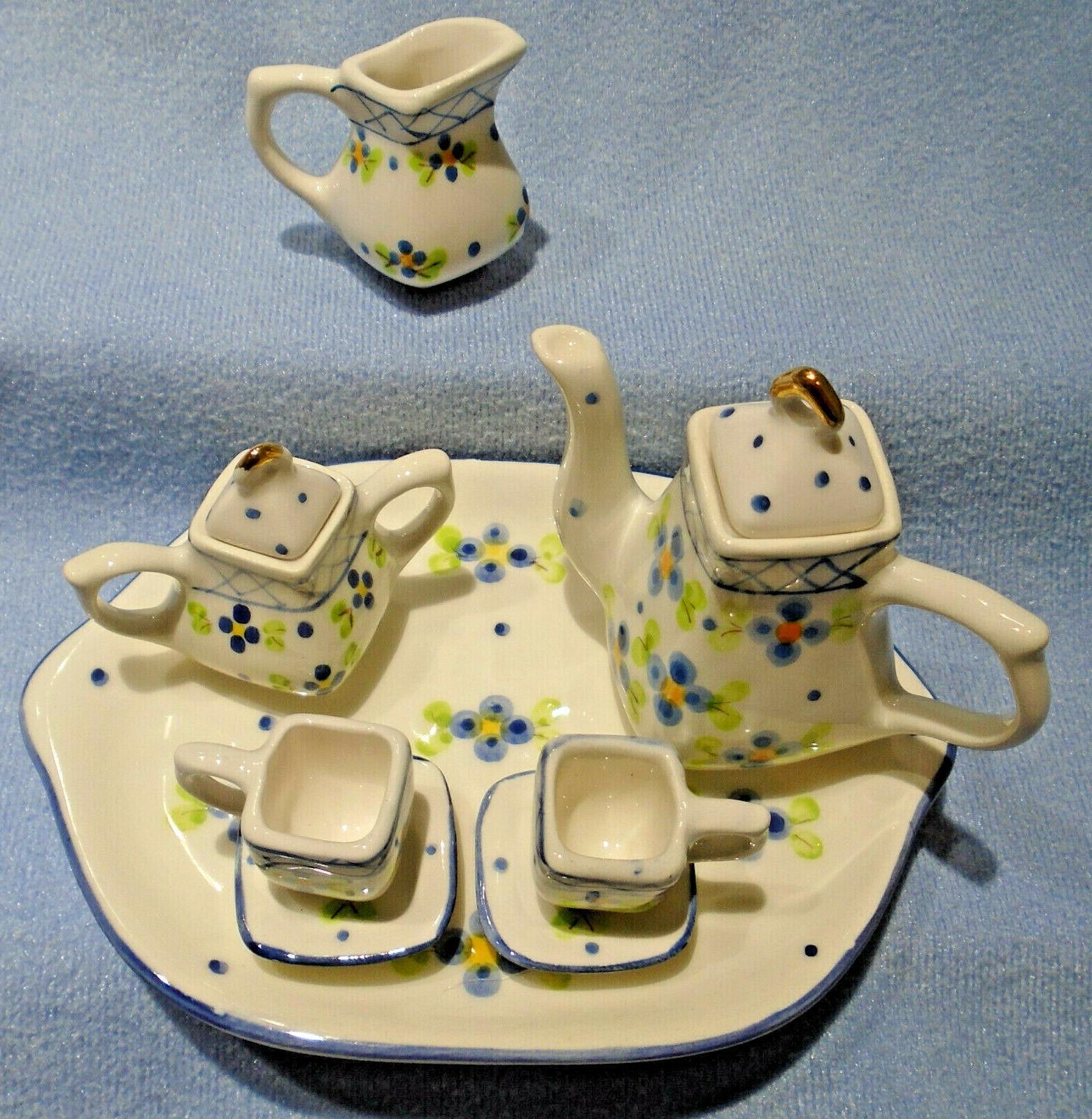 10 BLUE TEA SET