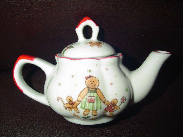 Delton Children's Porcelain Tea Set Replacement Teapot & Lid