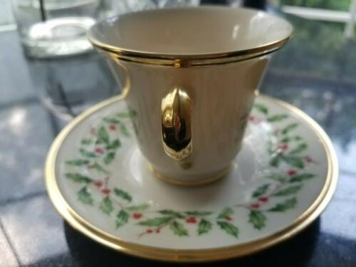 LENOX SET 4 Christmas Holly Fine China Tea Cup 2 Saucer