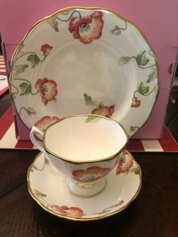 NEW 100 Years ROYAL ALBERT 1970 Poppy 3-Piece PLACE SETTING