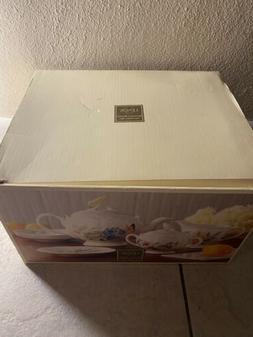 New Lenox  ®  Butterfly Meadow Tea Set