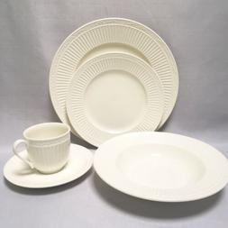 NEW Mikasa ITALIAN COUNTRYSIDE Ironstone 5 Piece Place Setti
