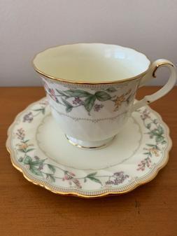 NIB Noritake Brookhollow Bone China  Set Of 3 Tea Cups & Sau