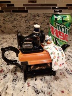 PAUL CARDEW SEWING MACHINE TEAPOT ENGLAND small EXCELLENT co