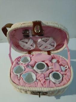 Porcelain tea sets for kids
