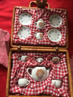 RAGGETY ANN CHILD'S MINI PORCELAIN TEA  SET FOR FOUR  IN WIC