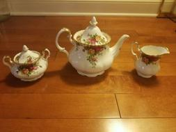 ROYAL ALBERT ' OLD COUNTRY ROSES '  TEA SET AND TABLEWARE -