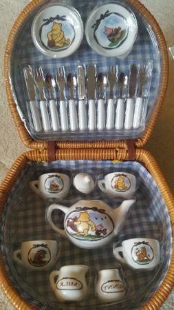 Disney Schylling Winnie the Pooh 24 pcs Tea Set, Tablecloth/