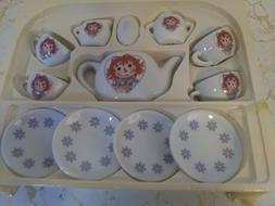Vintage Schylling 13 pc. Childs Tea Set Classic Raggedy Ann