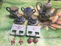 VINTAGE PORCELAIN TEA SET~7 PIECE SET~MINI TEA SET, Kids Ear
