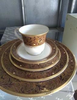 Noritake Xavier Gold Bone China 5 Piece Place Setting, 4819